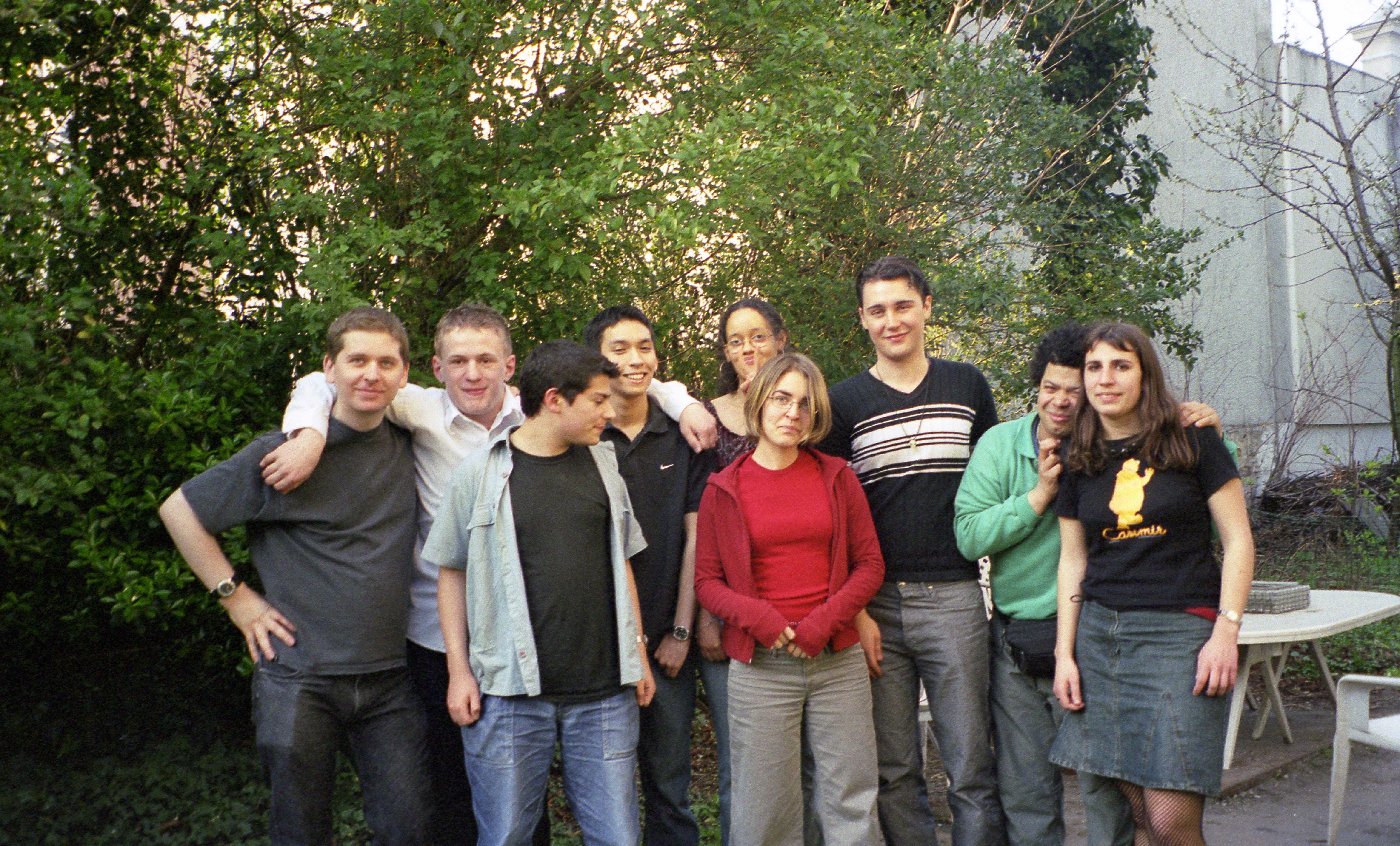 La Big Bang team 2004  : Ivan, Nadine, Pierre-Alexandre, JC, Flore, Dounia, Didier Mesgard, Petit Manu et Léonie