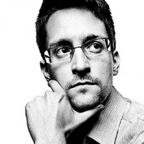 Edward Snowden ouvre son compte Twitter et casse sa boite mail
