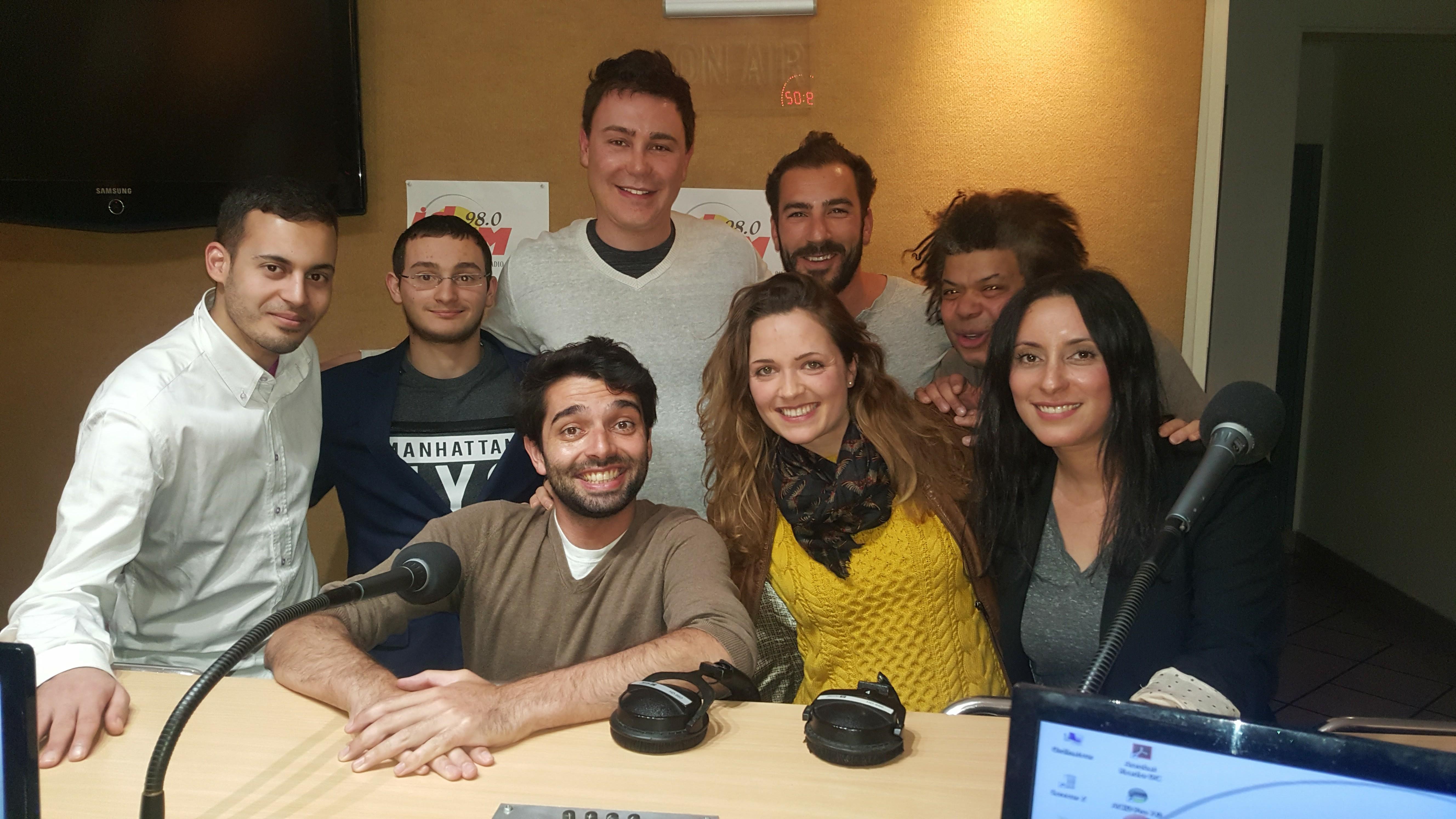 L'équipe 2017 s'agrandit avec Ronan, Sabrina et Lauriane (en bas)