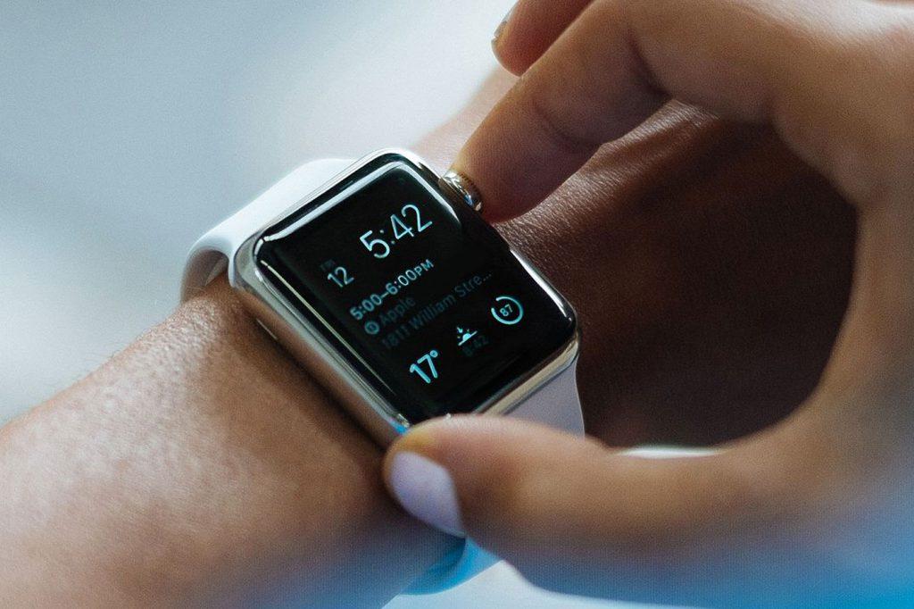 smartwatch-alcool-1024x682